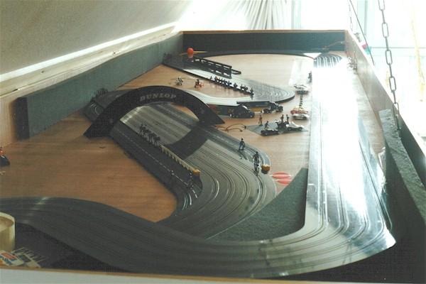 FLY-TO-SKY Slot Car Raceway